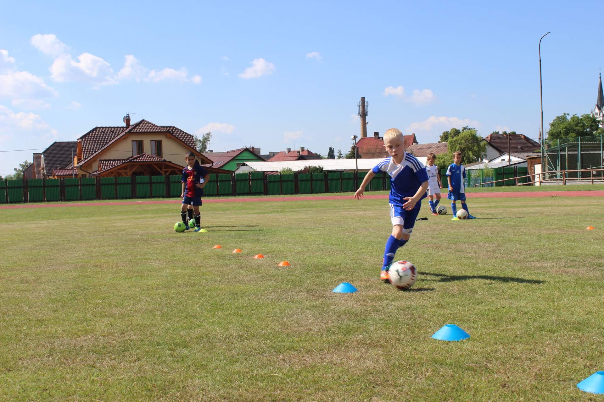 Fotbalové prázdniny Fotbalový kemp Fotbalové Prázdniny 2015